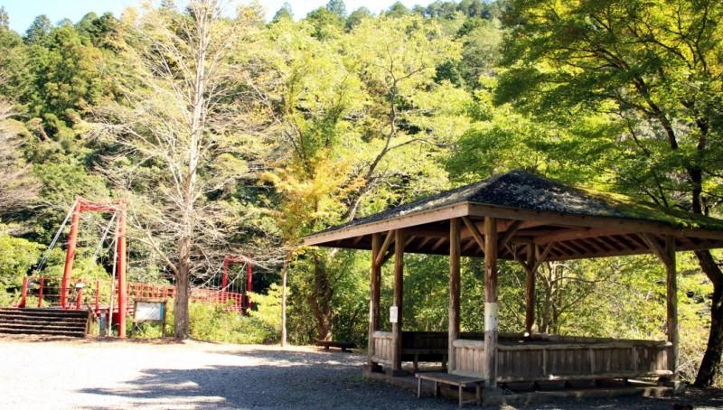 松葉川林間キャンプ場